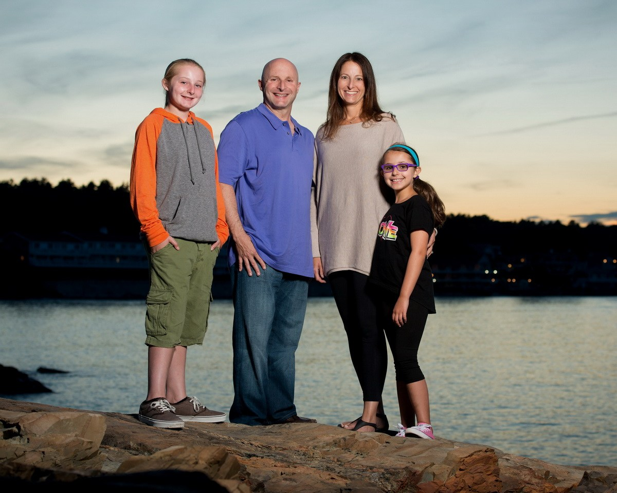 Beautiful Family Portrait at sunset in Oqunquit, ME