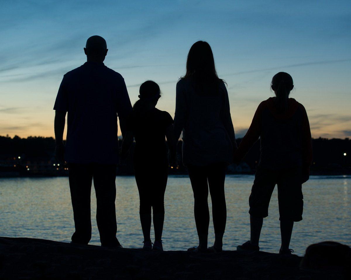Family Porttait at sunset in Ogunquit, Maine  silloettes
